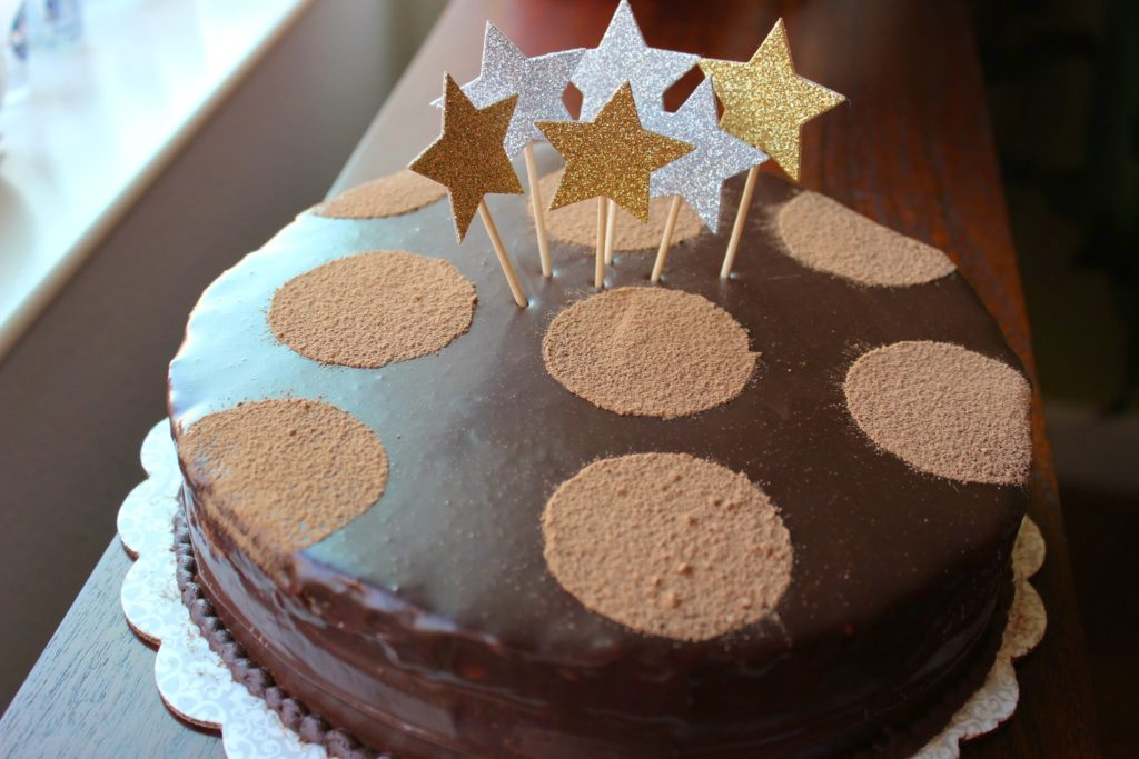 Dark Chocolate Espresso Mousse Cake – cup spoon and spatula